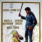 Marcello Mastroianni and Catherine Deneuve in Liza (1972)