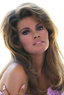 Raquel Welch Picture