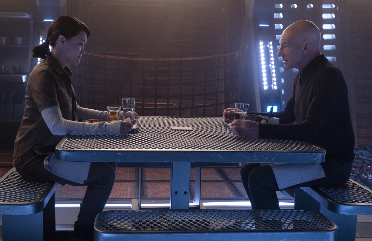 Patrick Stewart and Isa Briones in Star Trek: Picard (2020)