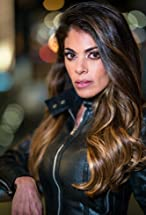 Lindsay Hartley's primary photo