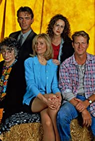 Brett Cullen, Ashlee Levitch, Judith Light, Florence Stanley, and James Patrick Stuart in The Simple Life (1998)