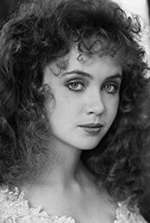 Lysette Anthony Picture