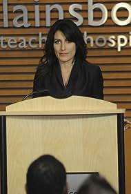 Lisa Edelstein in House M.D. (2004)