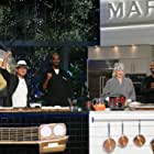 Snoop Dogg, Kathy Griffin, Mike Epps, Masaharu Morimoto, and Martha Stewart in Martha & Snoop's Potluck Dinner Party (2016)