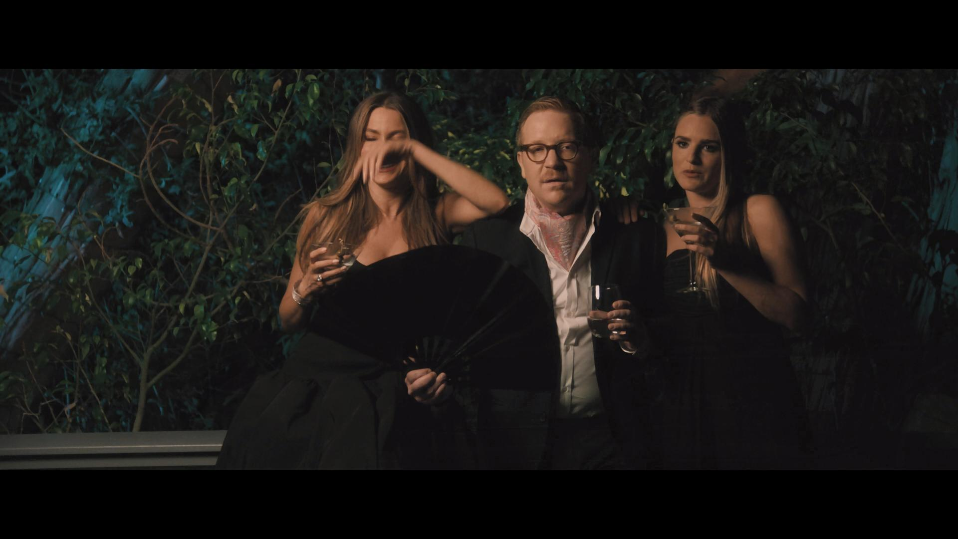Sofía Vergara, Ethan Cohn, and Nathalie Love in The Con Is On (2018)