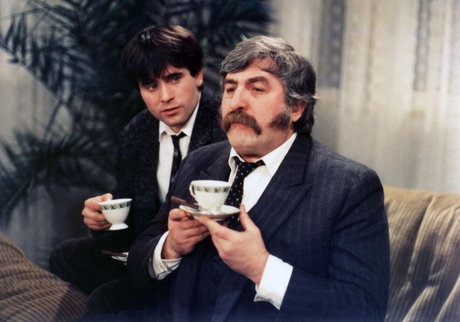 Július Satinský and Martin Mejzlík in Krecek v nocní kosili (1988)