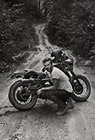 Primary photo for David Beckham: Into the Unknown