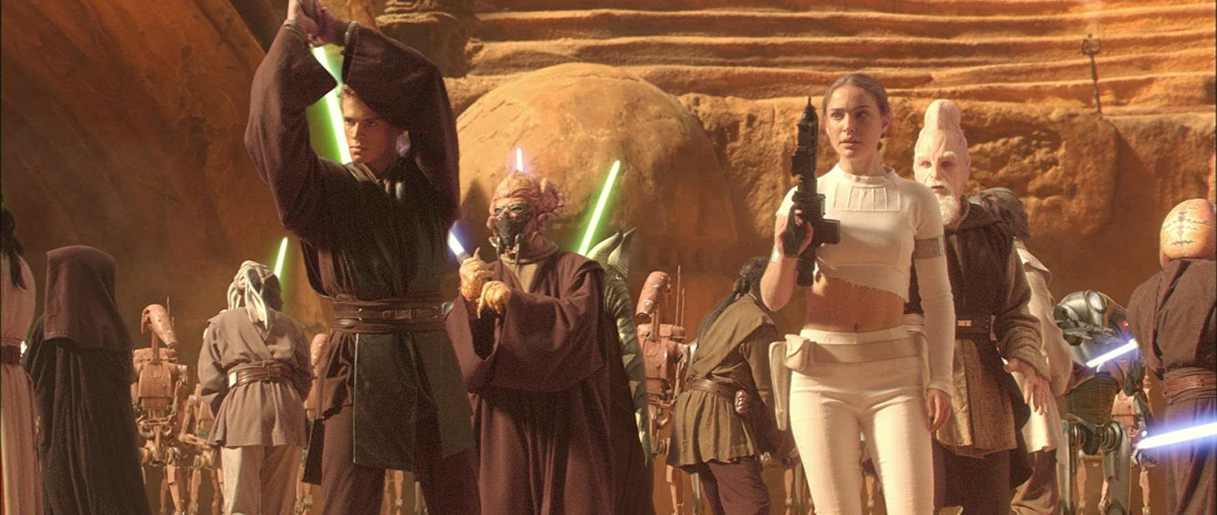 Natalie Portman, Silas Carson, Hayden Christensen, Jesse Jensen, Matt Sloan, Mary Oyaya, Orli Shoshan, and Lily Nyamwasa in Star Wars: Episode II - Attack of the Clones (2002)