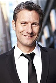 Primary photo for Adam Hills