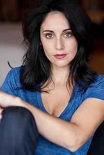 Erika Rosenbaum Picture