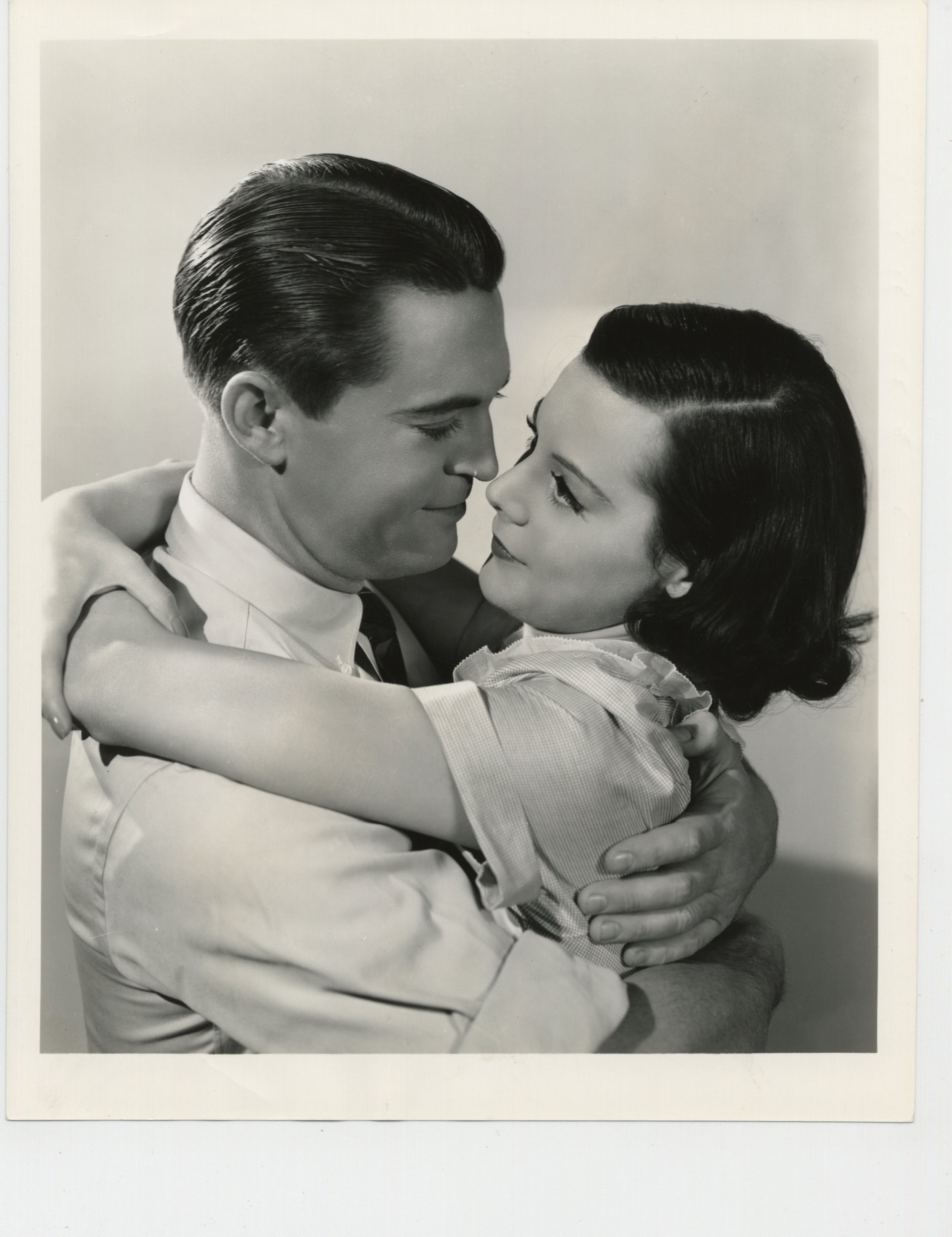 Helen Mack and Chester Morris in I Promise to Pay (1937)