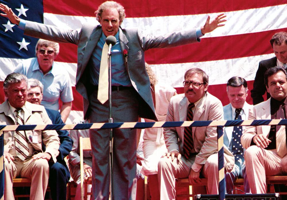 Paul Sorvino, Bruce Dern, and Stacy Keach in That Championship Season (1982)