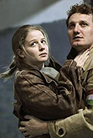 Zoltán Hayth and Dóra Kakasy in Csendkút (2007)