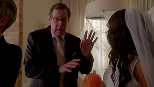 Scream Queens: Chanel Attacks Chad's Lawyer