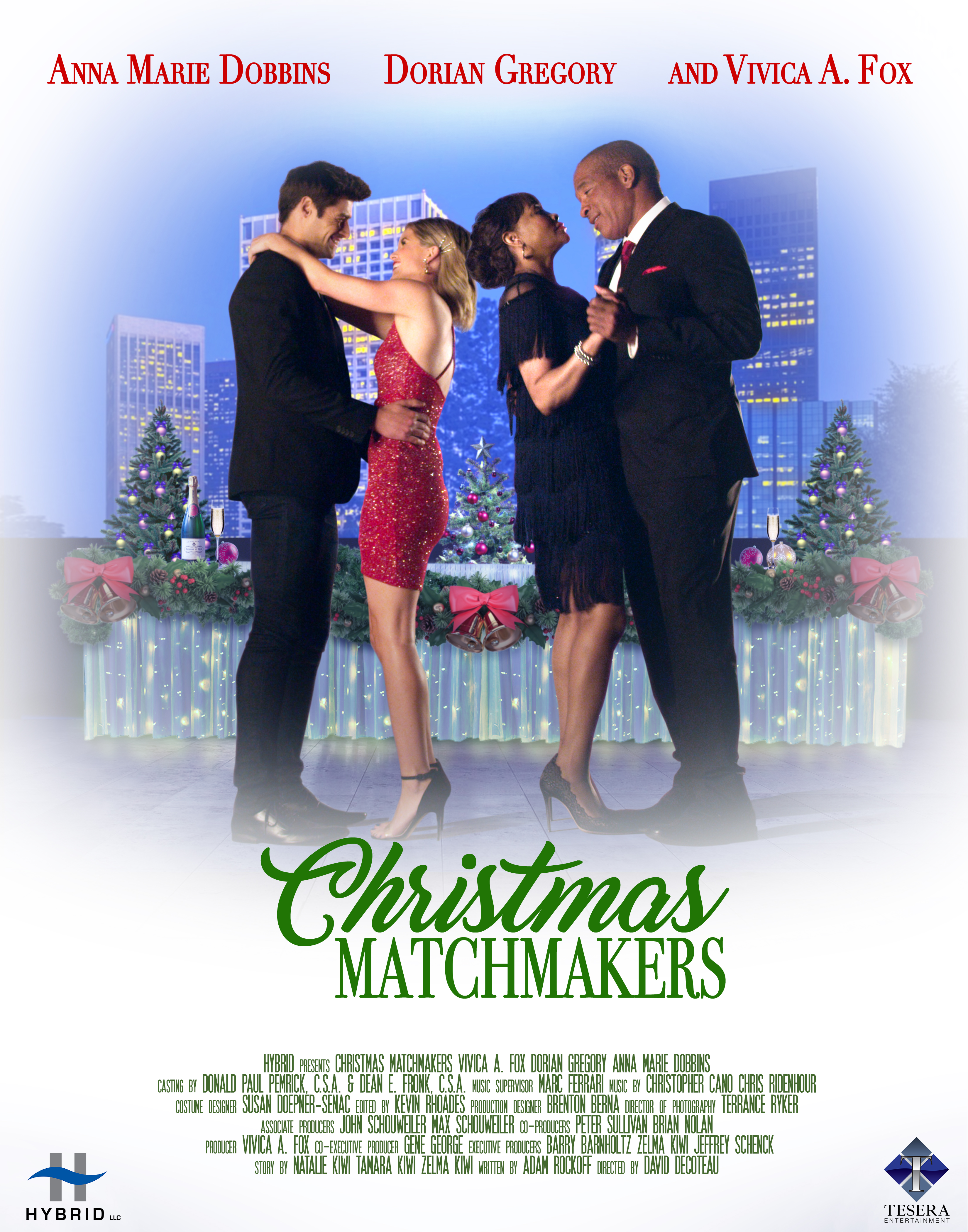 Vivica A. Fox, Dorian Gregory, Anna Marie Dobbins, and Andrew Rogers in Christmas Matchmakers (2019)