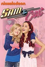 Jennette McCurdy and Ariana Grande in Sam & Cat (2013)