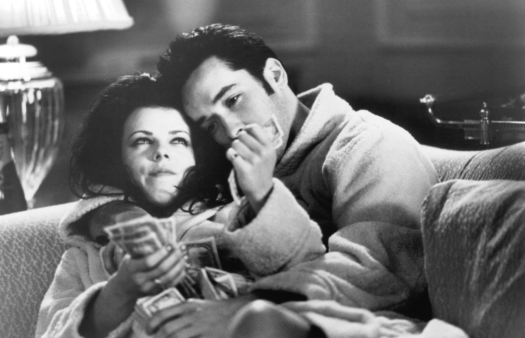 John Cusack and Debi Mazar in Money for Nothing (1993)