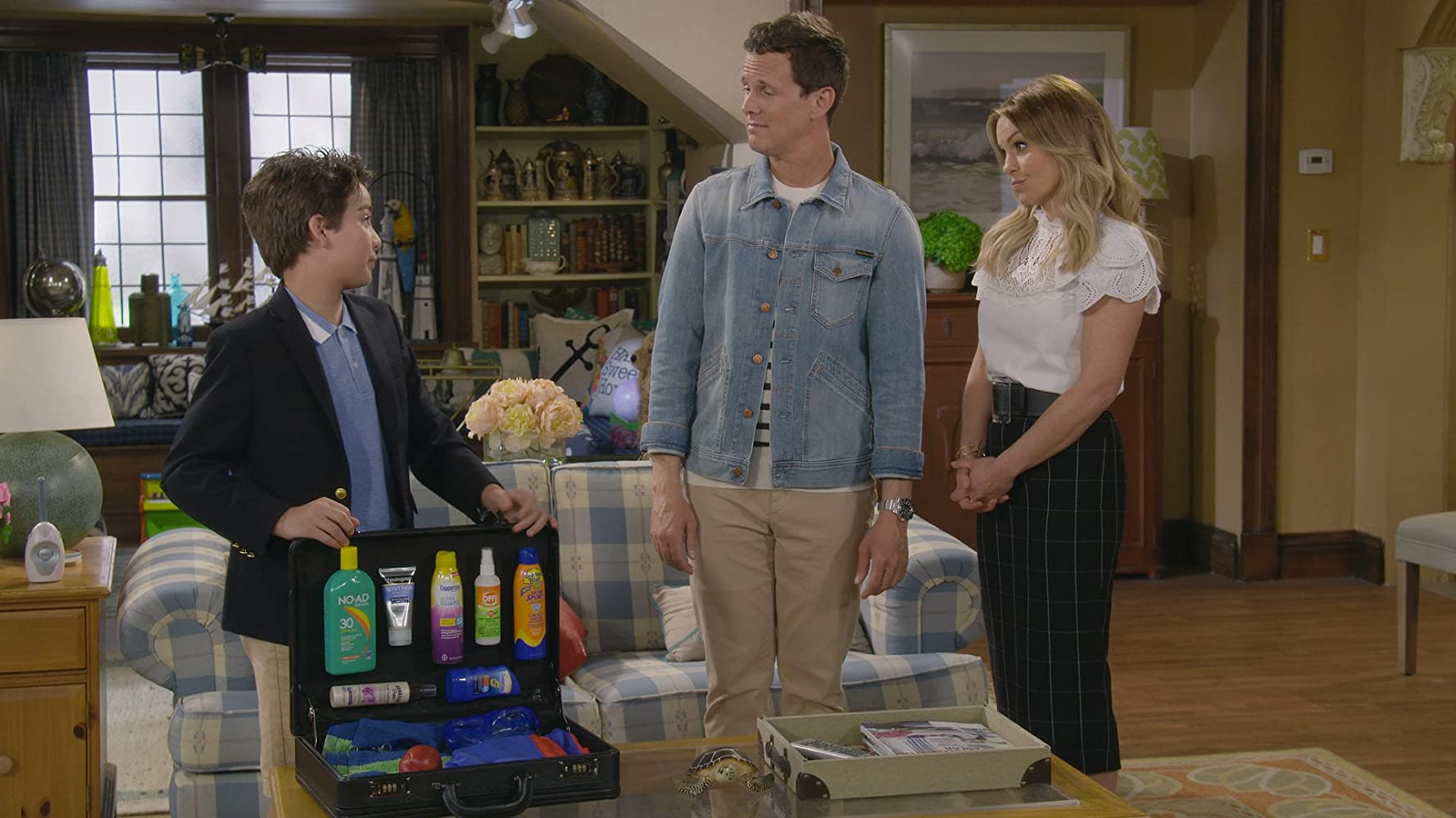 Candace Cameron Bure, Scott Weinger, and Elias Harger in Family Business (2019)