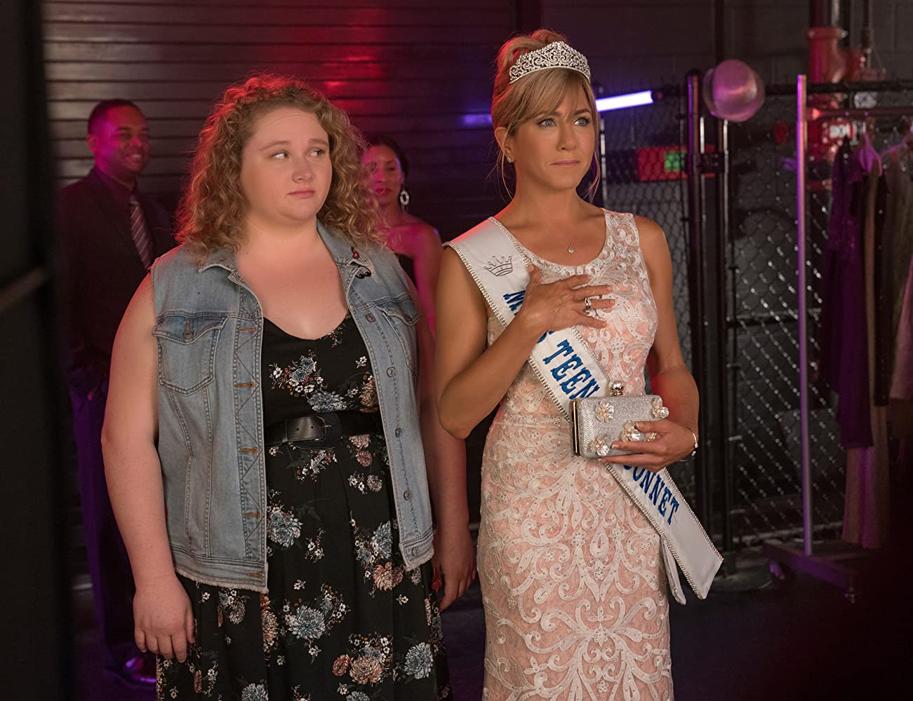 Jennifer Aniston and Danielle Macdonald in Dumplin' (2018)