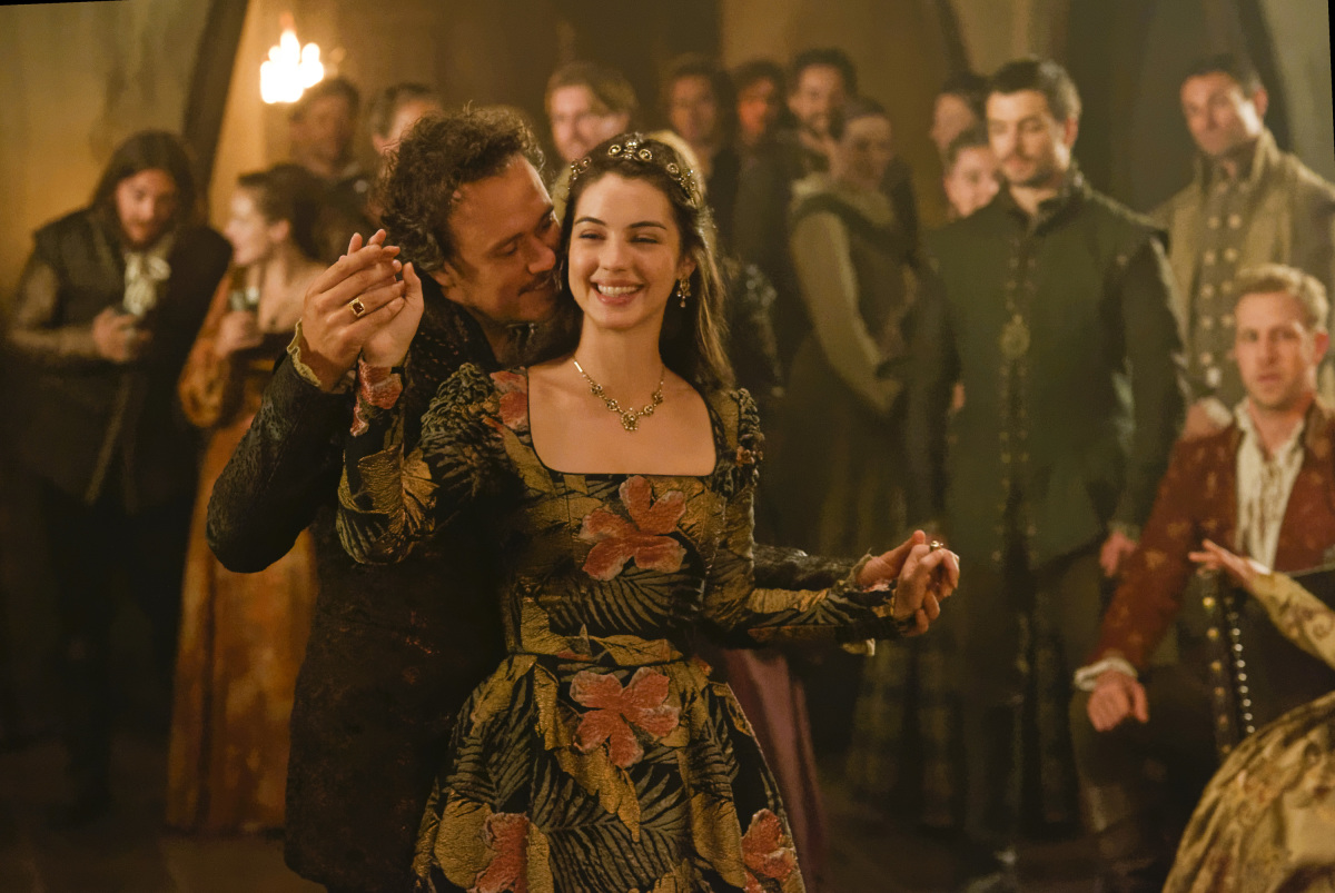 Ben Geurens and Adelaide Kane in Reign (2013)