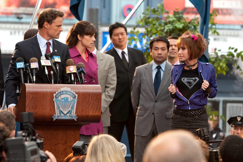 Smallville 9×08 – Ídolo
