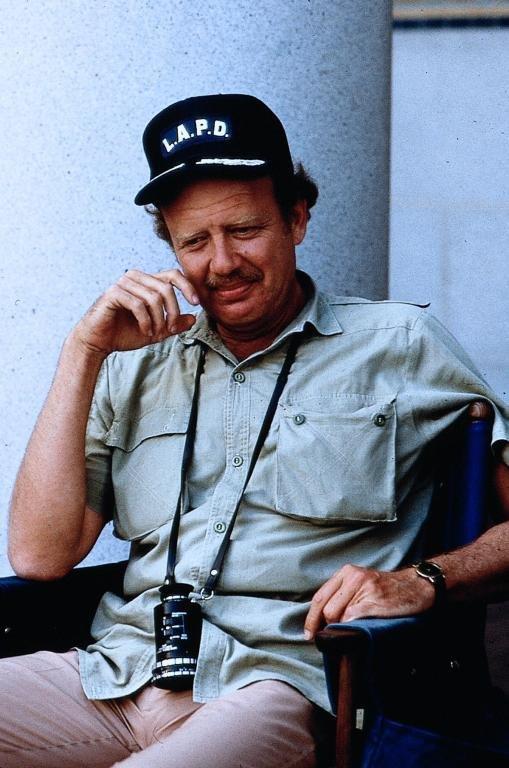 Tom Mankiewicz in Dragnet (1987)