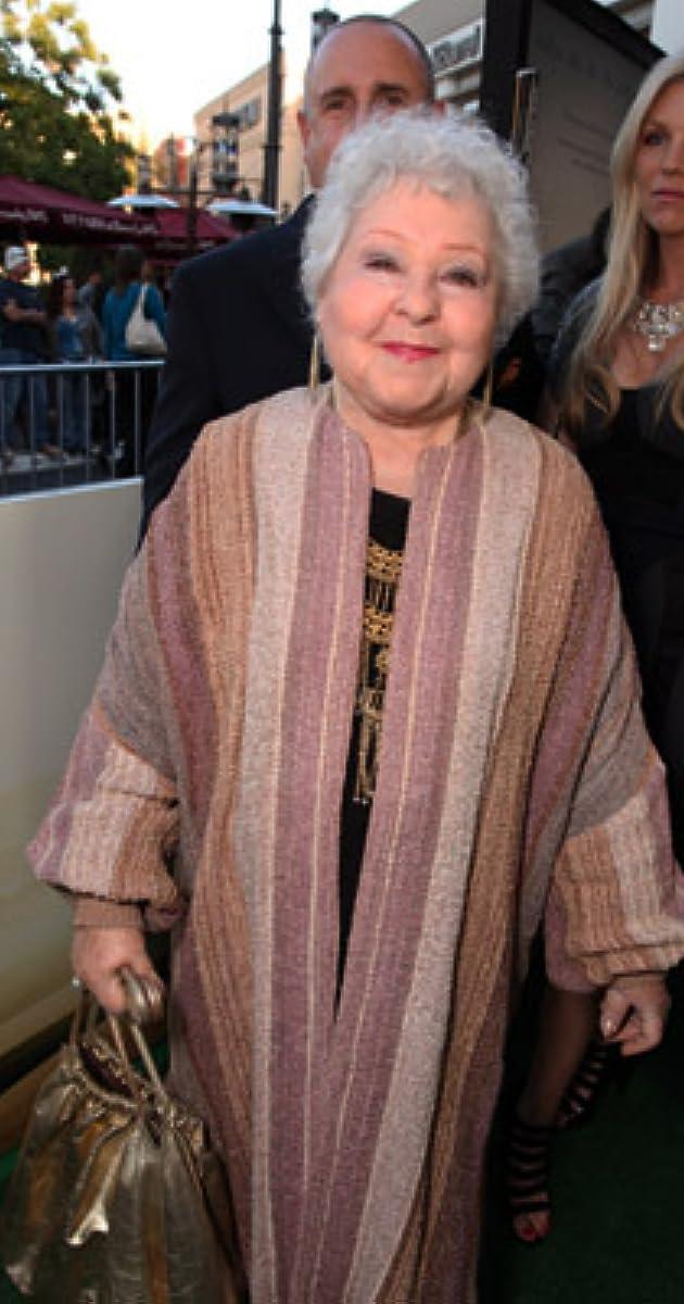 Estelle Harris