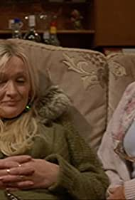 Caroline Aherne and Sue Johnston in The Royle Family (1998)