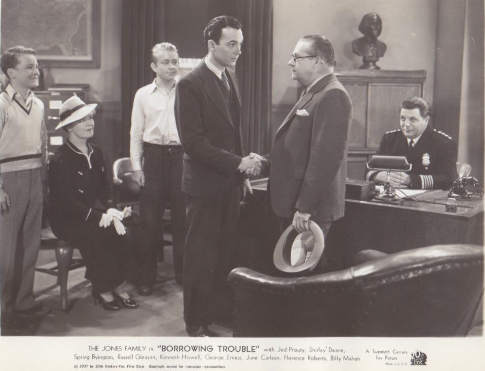 Spring Byington, George Ernest, Russell Gleason, Kenneth Howell, Cy Kendall, and Jed Prouty in Borrowing Trouble (1937)