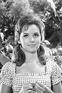 Dawn Wells Picture