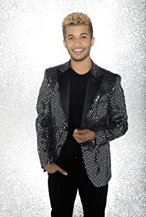 Jordan Fisher Picture