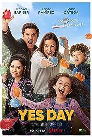 Jennifer Garner, Edgar Ramírez, Jenna Ortega, Julian Lerner, and Everly Carganilla in Yes Day (2021)