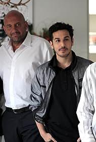 Marcelo Camaño, Gabriel Goity, Araceli González, Martín Slipak, and Nicolás Condito in Sutiles diferencias (2010)