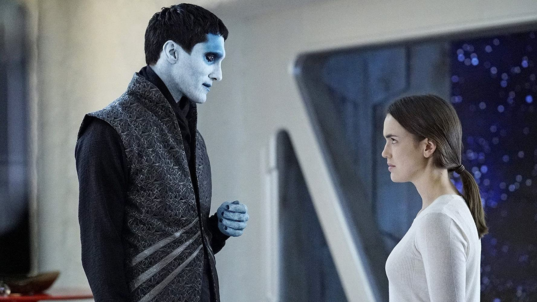 Dominic Rains and Elizabeth Henstridge in Agents of S.H.I.E.L.D. (2013)