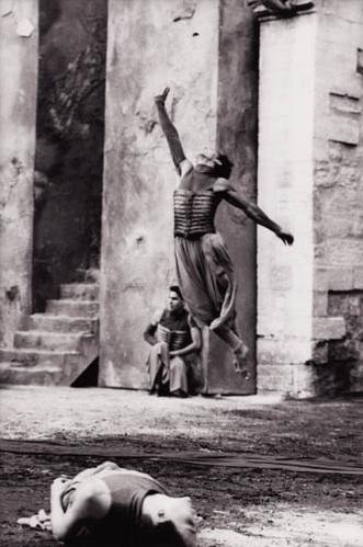 Derrière le mur ((1989))