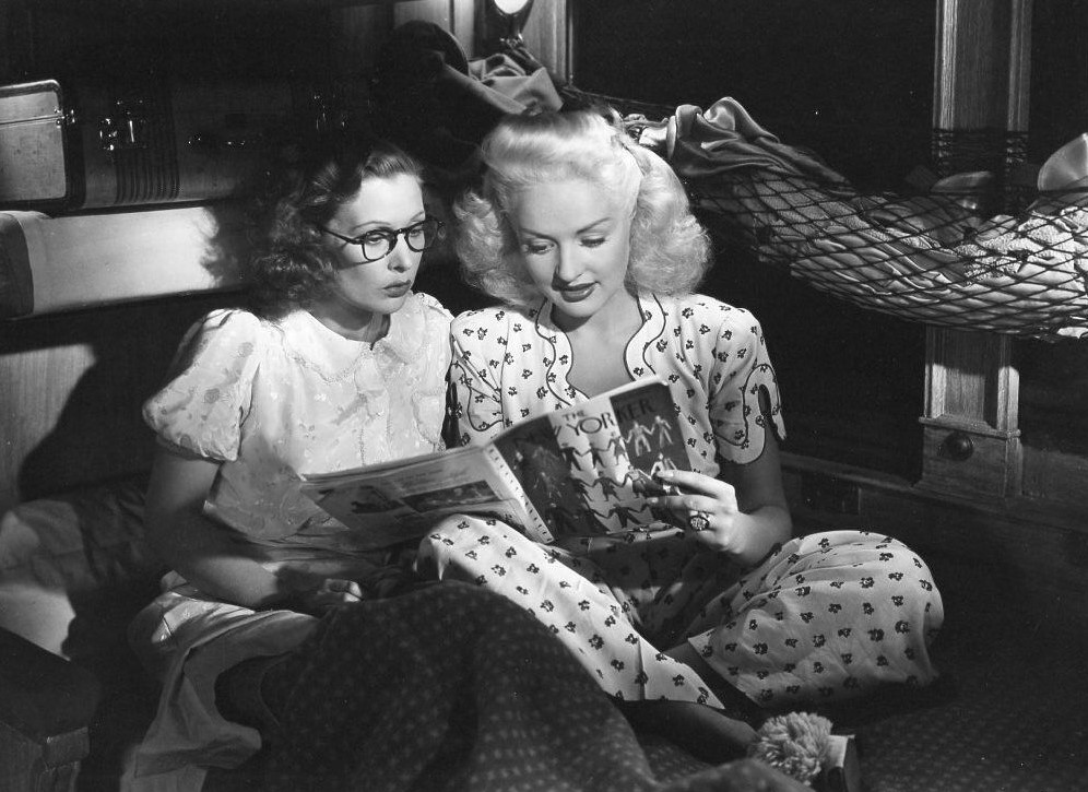 Betty Grable and Dorothea Kent in Pin Up Girl (1944)