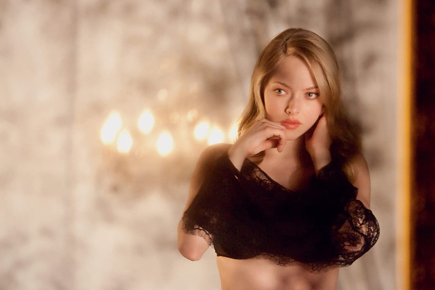Amanda Seyfried in Chloe (2009)
