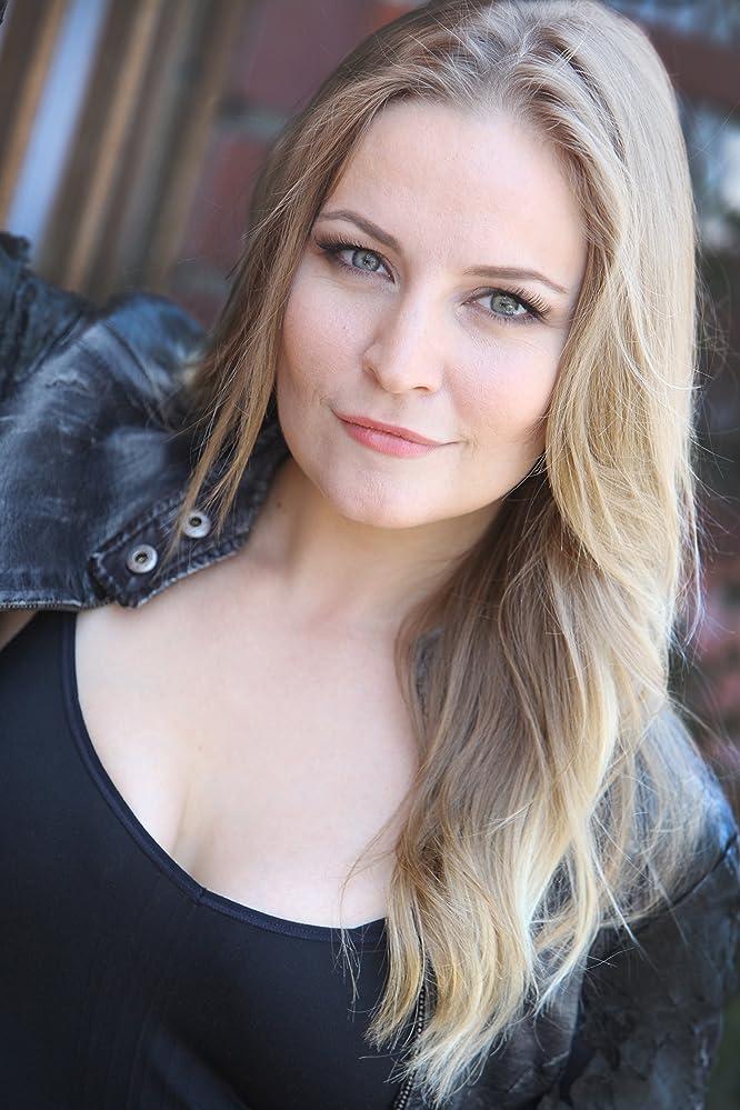 Lindsey Haun nude 819