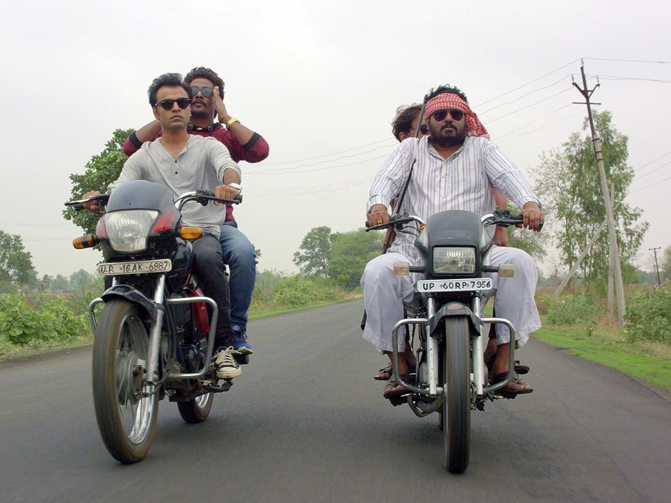 Chandan Roy, Faisal Malik, and Jitendra Kumar in Panchayat (2020)