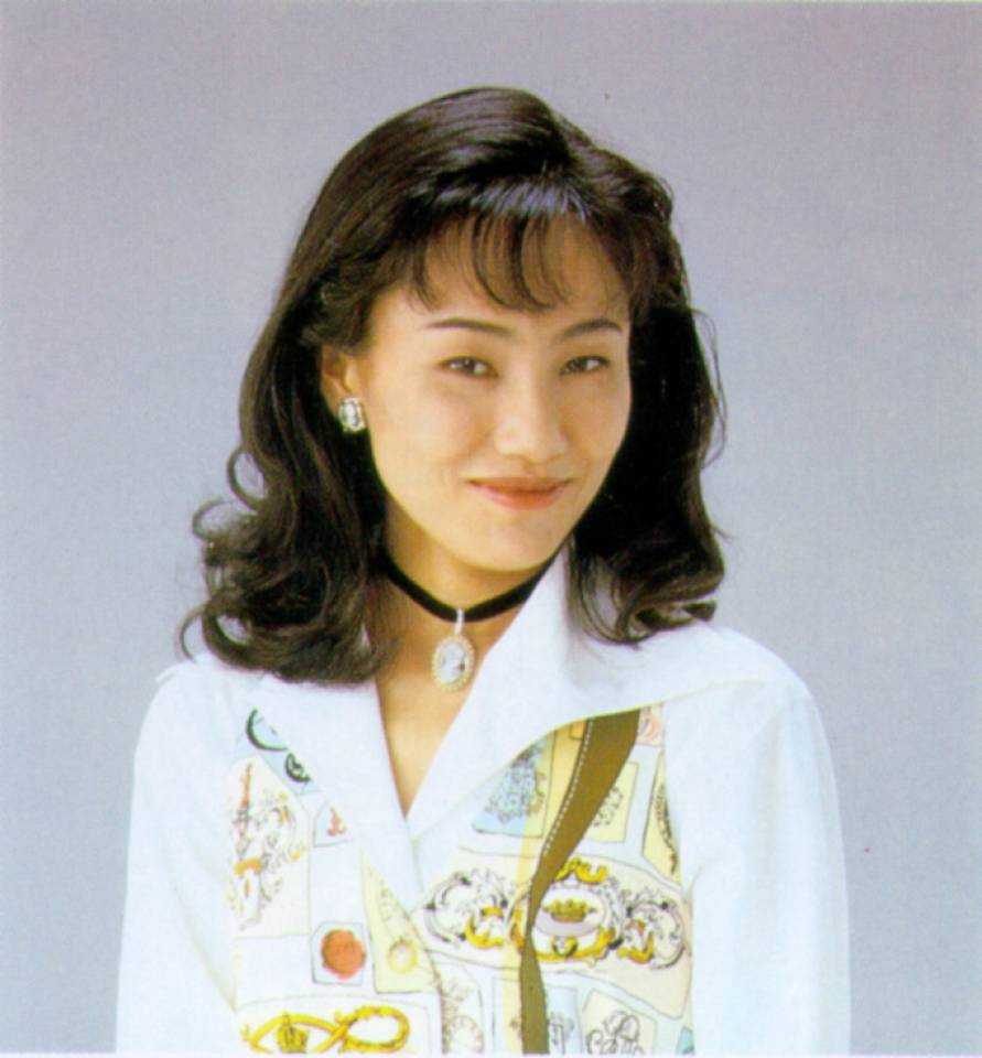 The 54-year old daughter of father (?) and mother(?) Naoko Takeuchi in 2021 photo. Naoko Takeuchi earned a  million dollar salary - leaving the net worth at  million in 2021