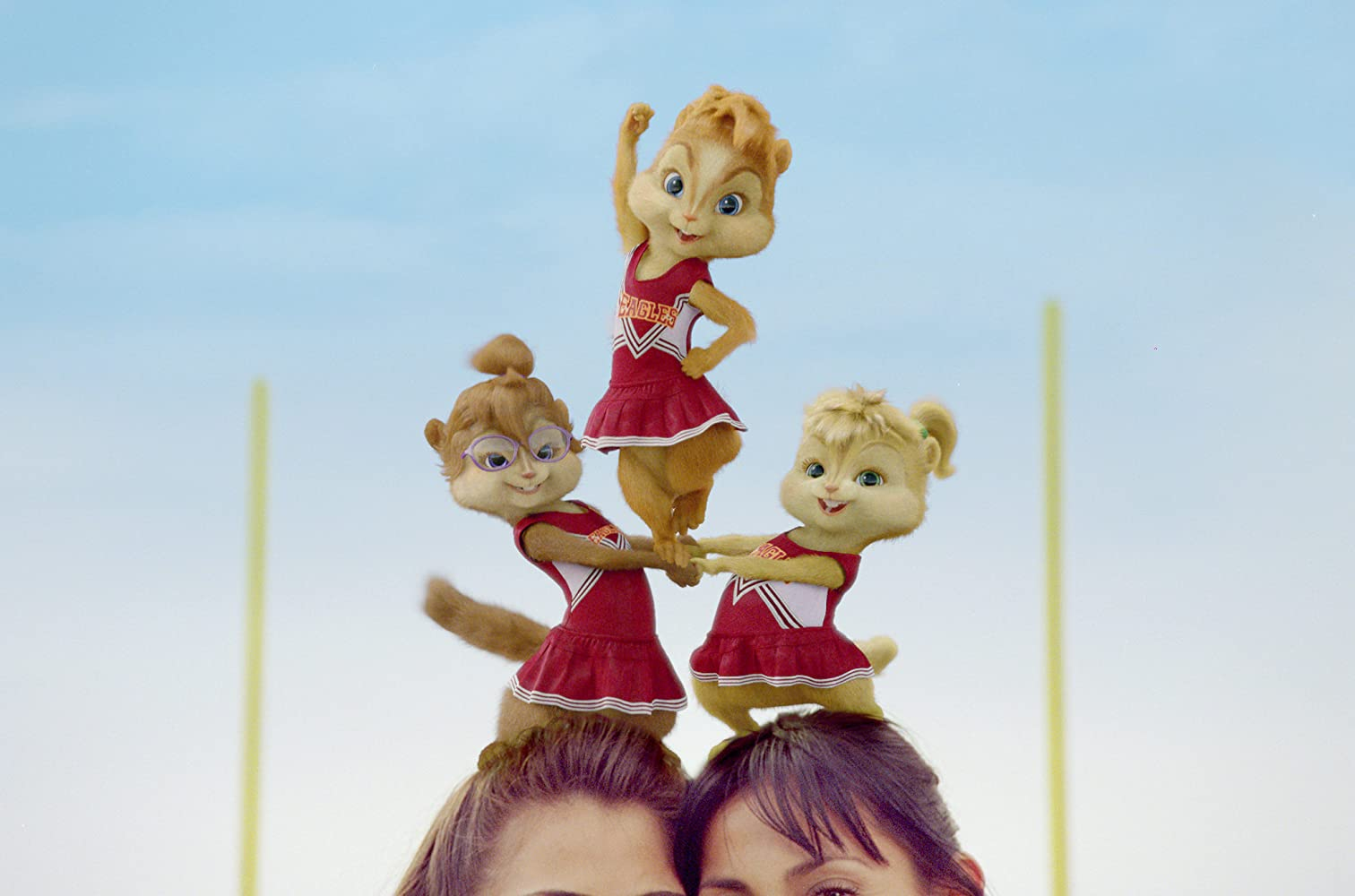 Christina Applegate, Anna Faris, and Amy Poehler in Alvin and the Chipmunks: The Squeakquel (2009)