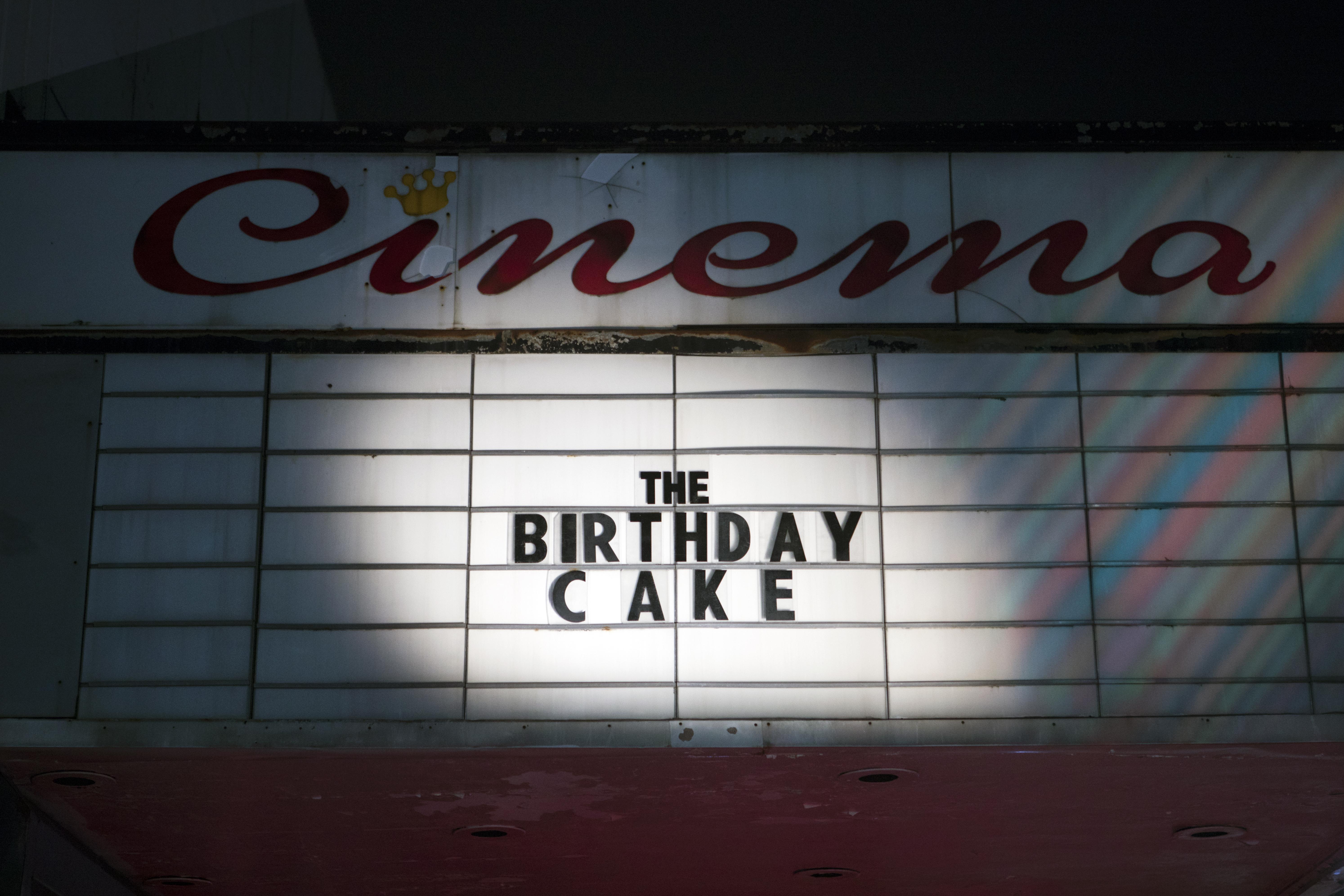 Phim Bánh Sinh Nhật - The Birthday Cake (2021)