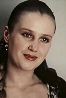 Irina Rozanova Picture