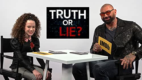 """Dave Bautista and Chloe Coleman Play """"Truth or Lie"""""""