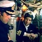 Giannis Fertis and Kostas Kazakos in Ypovryhion: Papanikolis (1971)