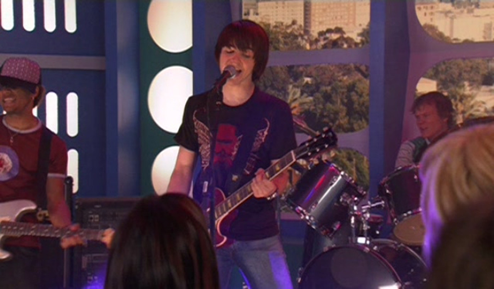 Drake Bell in Drake and Josh Go Hollywood (2006)