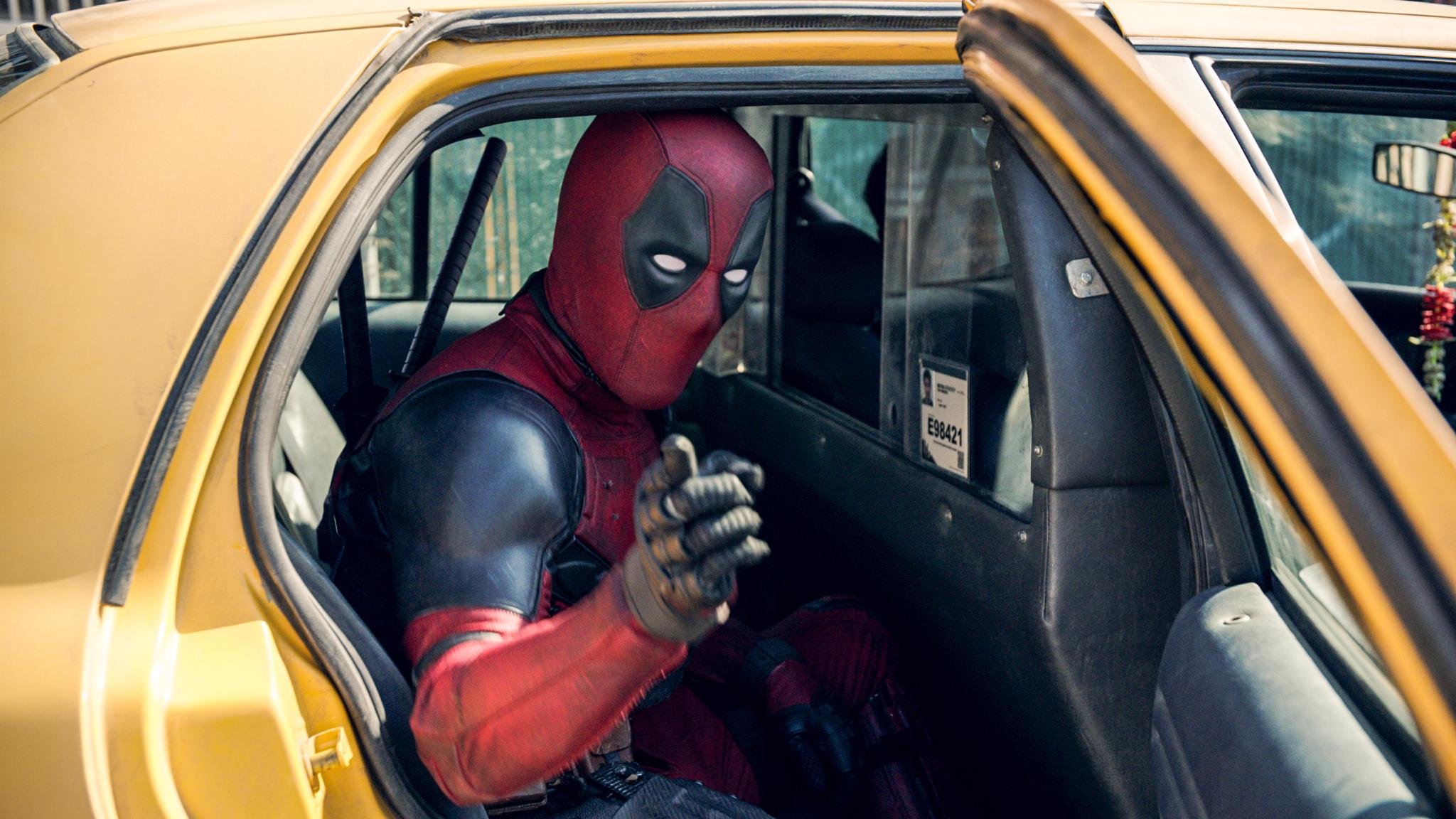 Ryan Reynolds in Deadpool (2016)