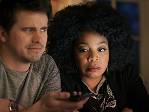 Jason Ritter and Kimberly Hebert Gregory in Kevin (Probably) Saves the World (2017)