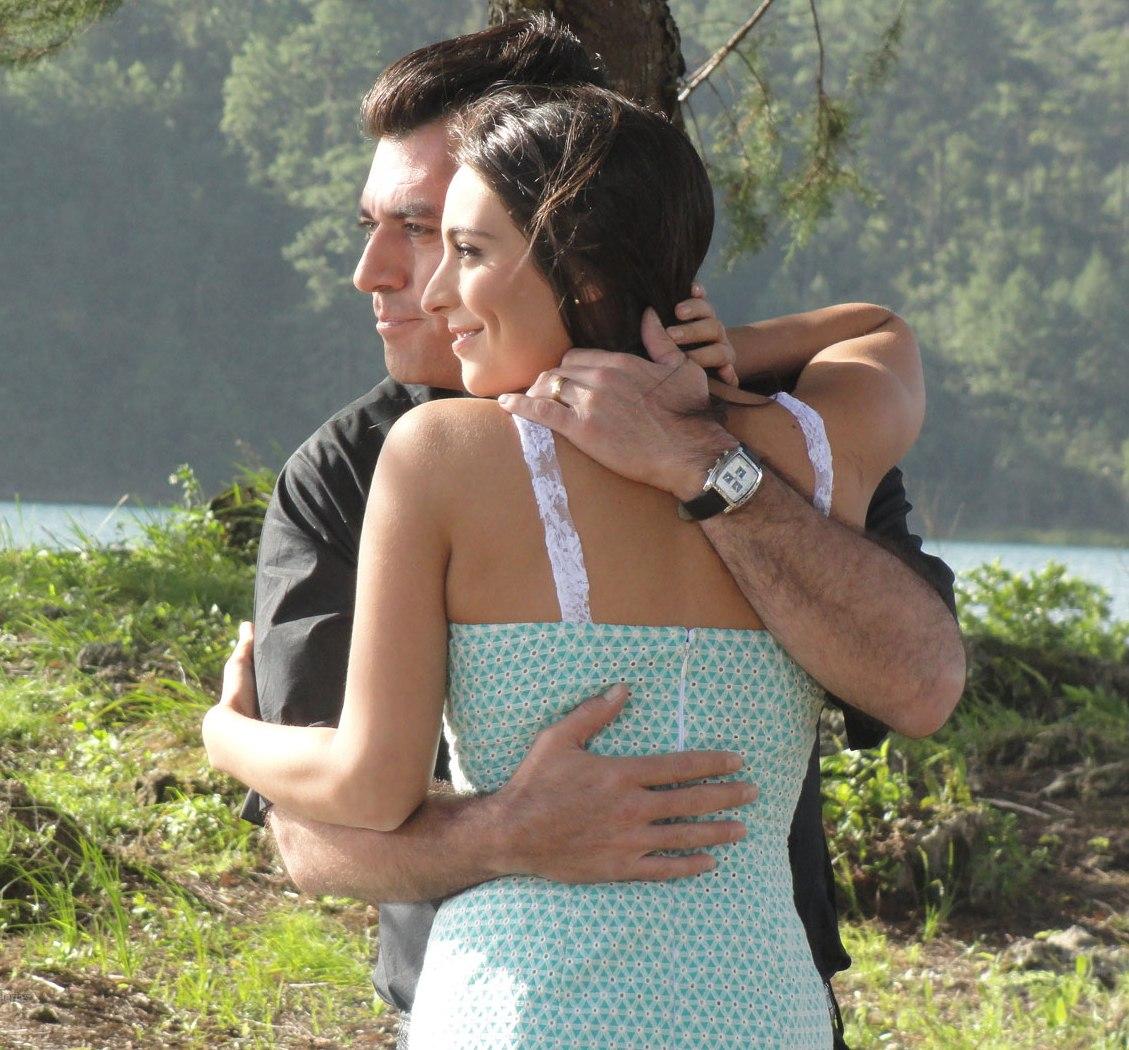 Ana Brenda Contreras in La que no podía amar (2011)