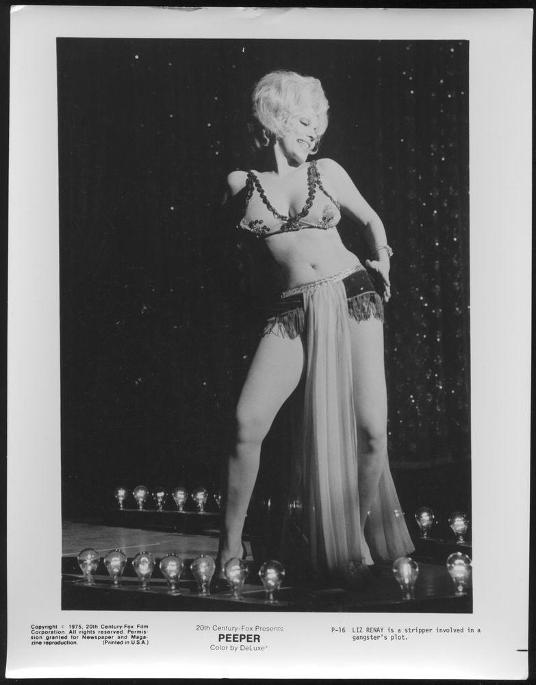 Liz Renay in Peeper (1975)